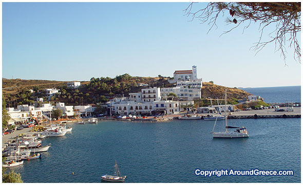 The port town of Linaria